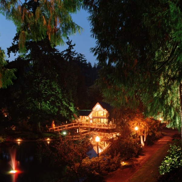 Outside beautiful Lakeside Gardens in Portland, Oregon at night