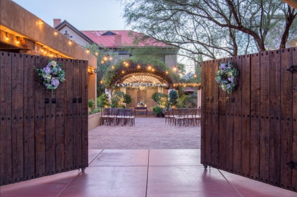 Stillwell House outdoor wedding venue Tucson, AZ