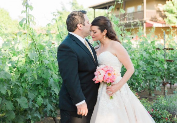 Newly married couple in Sonoma Valley