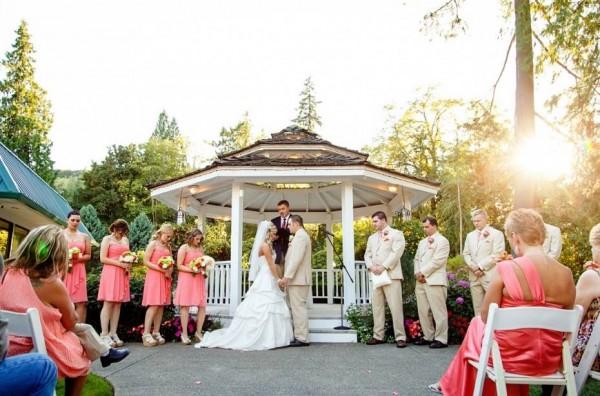 Small wedding venues in portland oregon small weddings lakeside gardens junglespirit Image collections